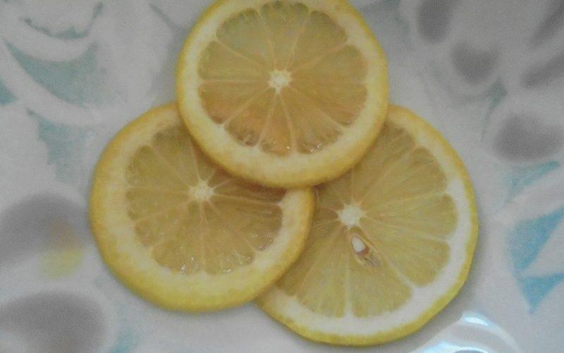 レモンのハチミツ漬けで元気になると、中学・高校の頃の記憶が蘇ります